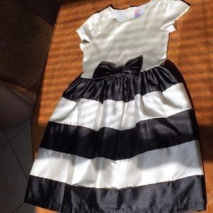BNWOT GYMBOREE BLACK WHITE DRESS SIZE 7
